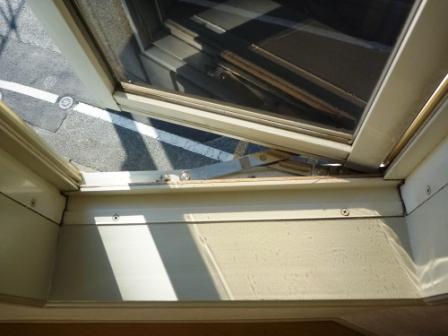 窓ガラスのそうじ後の写真