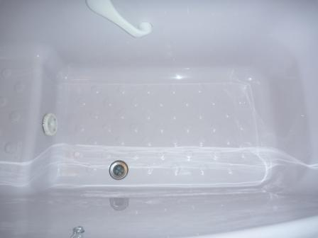 浴室バスタブツリーニング後の写真
