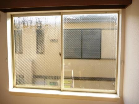 世田谷区、窓ガラスクリーニング前の写真