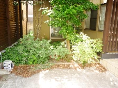 東京都品川区、お庭の手入れ・草むしり・草刈りの写真