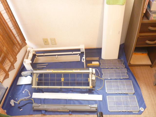 東京都港区、エコ洗剤日立お掃除機能付きエアコンクリーニング後