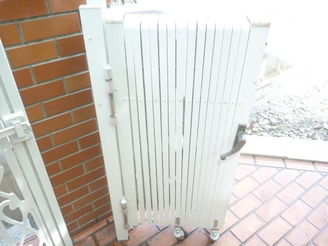 大田区、門扉・フェンスクリーニング後の写真