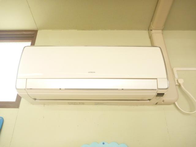 大田区、エコ洗剤お掃除機能付きエアコンクリーニング前の写真