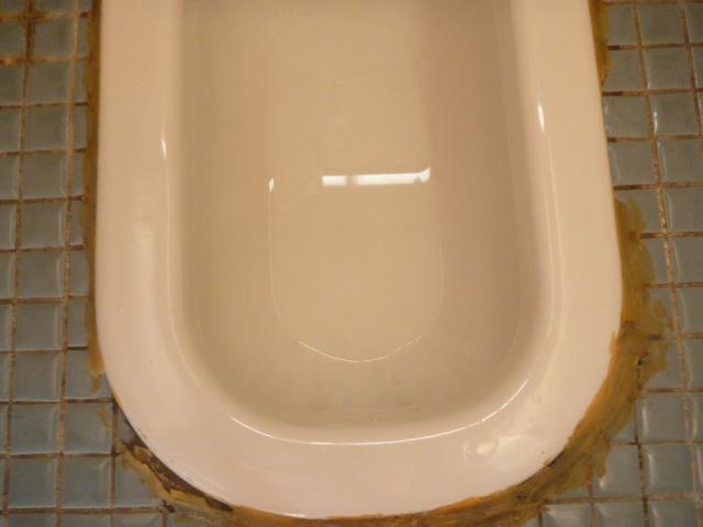 東京都大田区、アパート、マンション共用部分トイレ便器内部清掃後