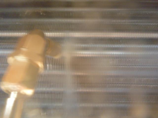 東京都大田区羽田、ダイキンAN28PRSフィルター自動お掃除機能付きエアコンクリーニング洗浄中