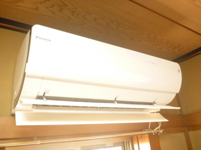 東京都大田区羽田、ダイキンAN28PRSフィルター自動お掃除機能付きエアコンクリーニング前
