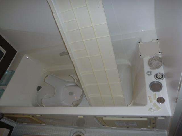 東京都世田谷区、お風呂掃除