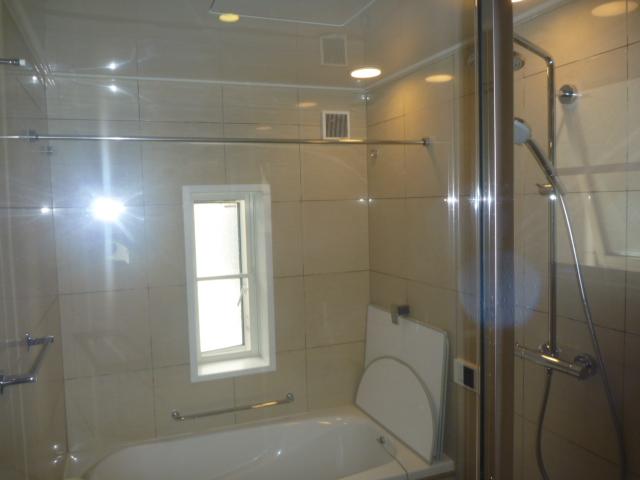 東京都大田区、浴室全体クリーニングの画像