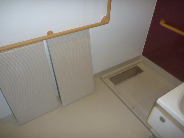 東京都大田区、デイサービス浴室全体清掃の画像
