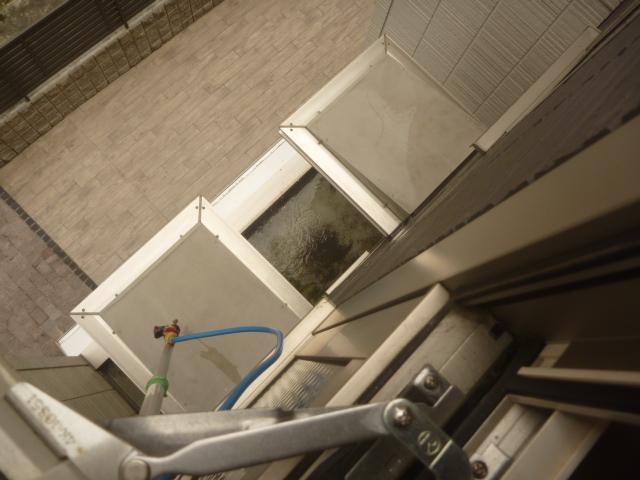 東京都大田区、マンション外回り外壁洗浄